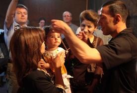 Pięć Kościołów wzajemnie uzna chrzest